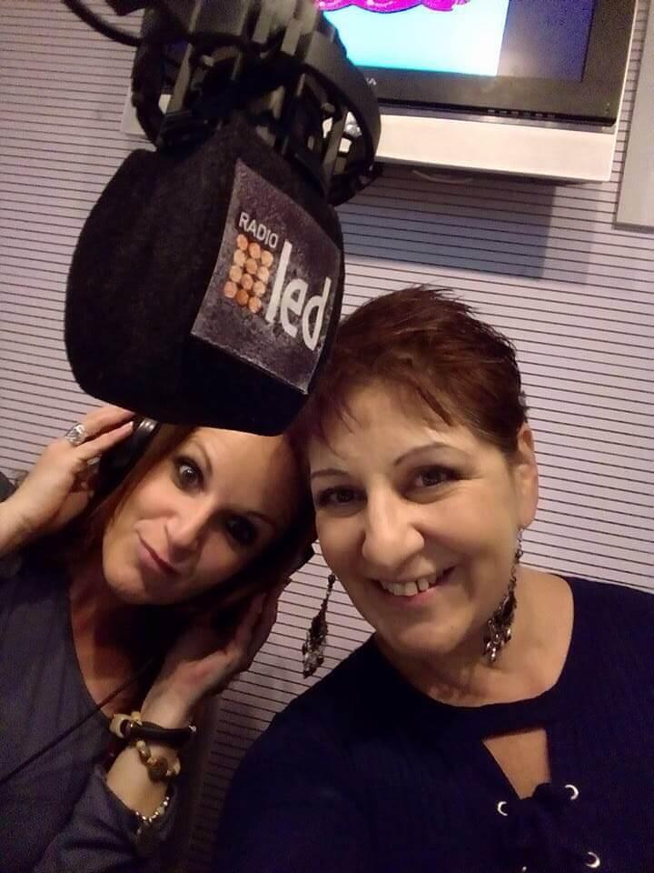 Tania Vicenti y Claudia Éboli